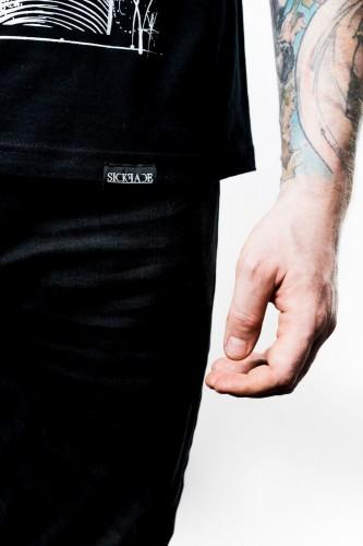 Dámské černé triko značky SickFace s motivem kink princezna popelka a s nápisem SINDERELLA.