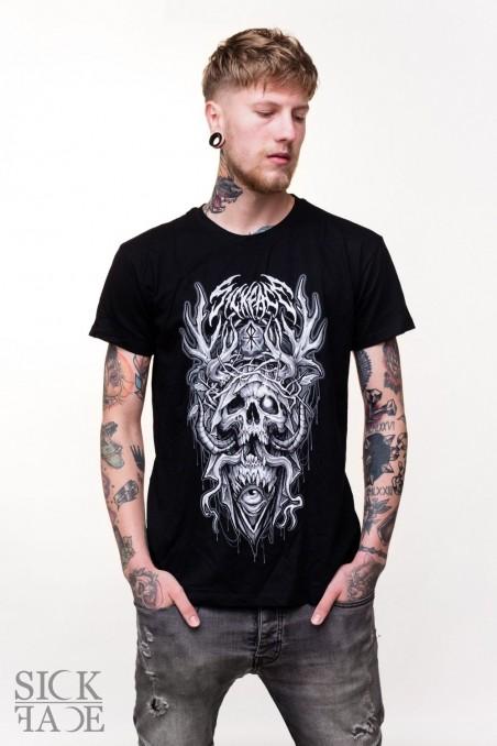 Černé pánské triko na kterém je parohatá lebka s planoucím okem a nápis SickFace.