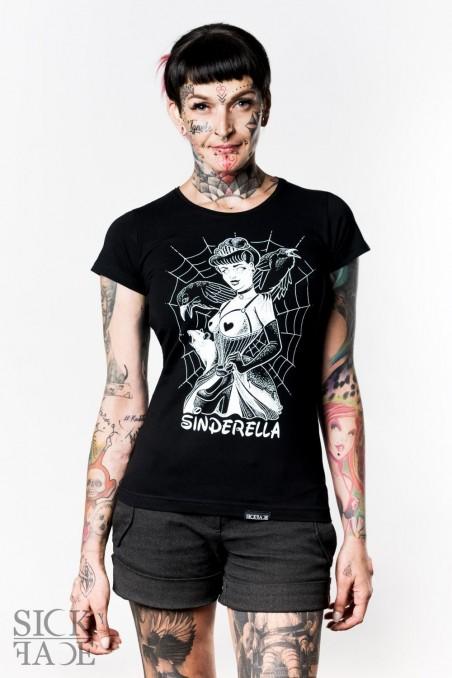 Black ladies SickFace T-shirt with a kinky princess Sinderella.