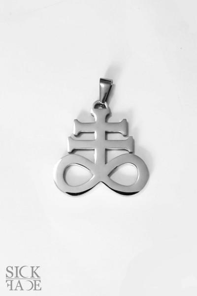 Přívěsek s řetízkem s motivem satanský kříž leviathan ve stříbrné barvě.